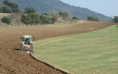 UCCL critica al Ministerio que siga sin  tener en cuenta la ley de modernización agraria en el Plan Renove